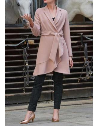 Pudros spalvos paltukas