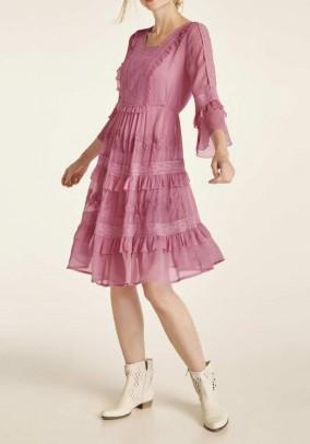 Rausva romantiška suknelė