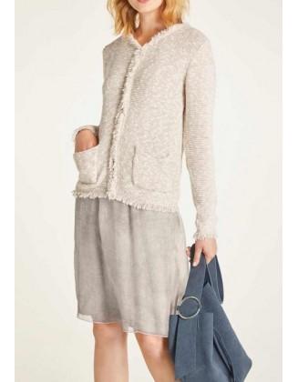 Rusvas megztinis su kutais