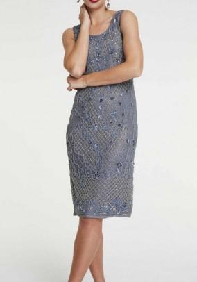 Melsva karoliukais siuvinėta suknelė