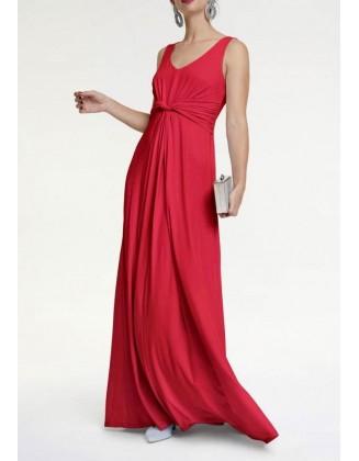 Raudona ilga suknelė