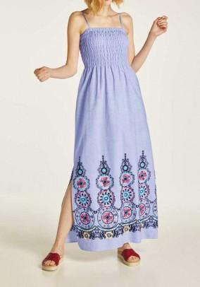 Ilga mėlyna siuvinėta suknelė