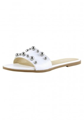 Leather mule with beads, white