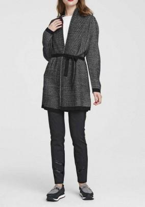 Ilgas vilnos megztinis su diržu