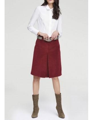 Tamsiai raudonas velvetinis sijonas