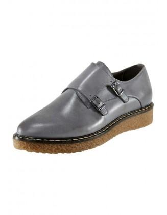 Pilki odiniai batai