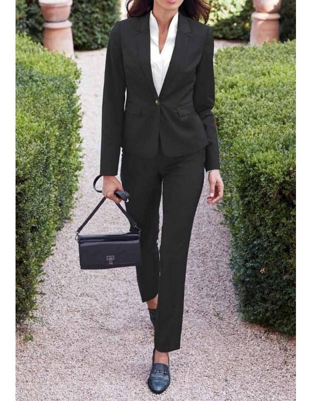 Juodas vilnos kostiumas