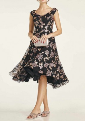 Cocktail dress with petticoat, black