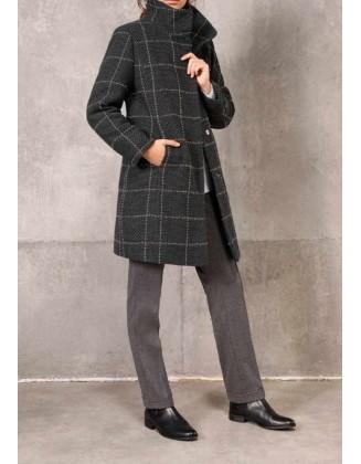 Pilkas languotas paltas su vilna