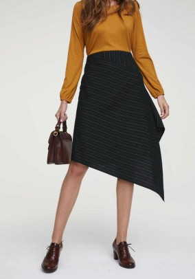 Asymmetric skirt, black-striped