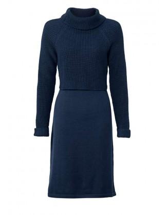 Mėlyna megzta suknelė