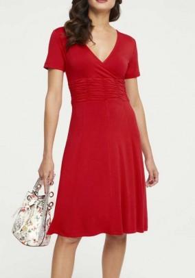 Raudona viskozės suknelė