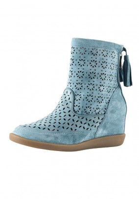 Velours bootie with cut-outs, mint