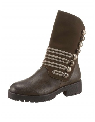 Ekstravagantiški xyxyx batai