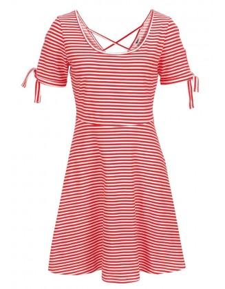 Raudona dryžuota paplūdimio suknelė