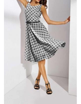Pilka languota suknelė