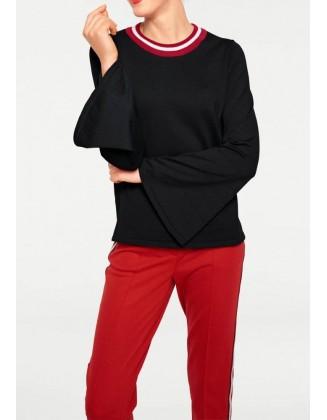 """Juodas megztinis """"Red"""""""
