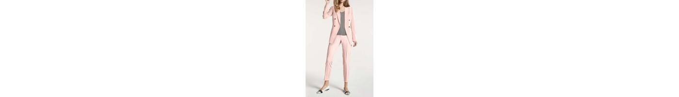 Moteriški kostiumėliai internetu